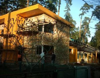 darbu medis namo statyba