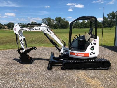 Excavators-Bobcat-430-11717170